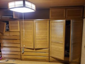家具のある和室