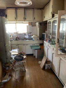 物が多いキッチン
