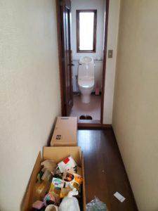 廊下とトイレ